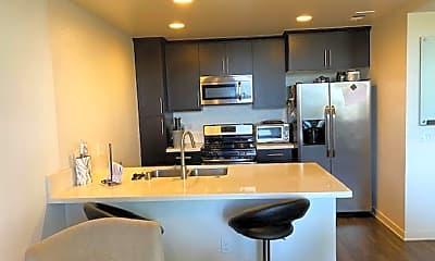 Kitchen, 612 E Carson Street, #302, 2