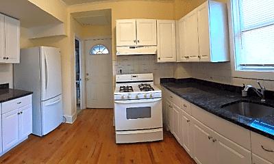 Kitchen, 832 W 34th Pl, 0