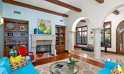 Living Room, 4660 Via Huerto, 1
