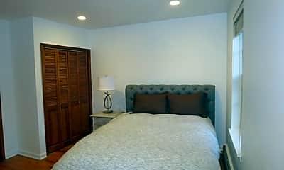 Bedroom, 206 Carpenter St, 2