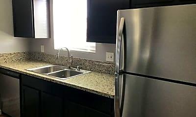 Kitchen, 1413 N Virginia St, 1