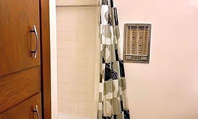 Bathroom, 725 Spruce St, 1