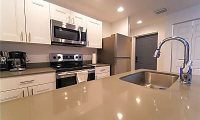 Kitchen, 541 NW 33rd St 4, 1