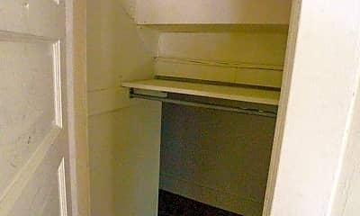 Bedroom, 1026 Linden St, 2
