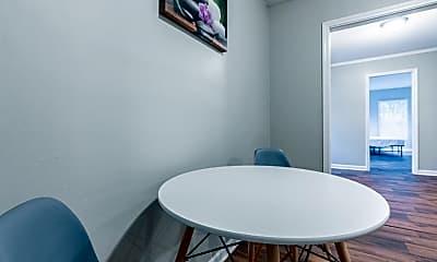 Room for Rent -  near Covington Place Shopping Cen, 0
