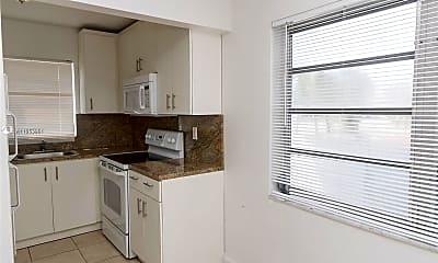 Kitchen, 2435 Van Buren St 8A, 1