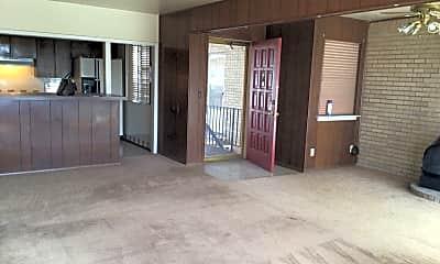 Living Room, 2100 Mitchell St, 0