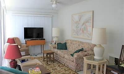 Living Room, 1621 4th Ct, 1