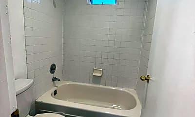 Bathroom, 4725 38th Ave. S, 2