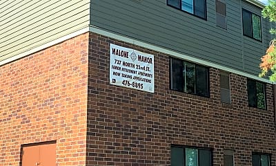 Malone Manor, 1