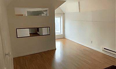 Living Room, 1402 Miami St, 1