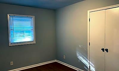 Bedroom, 2420 Owen St, 2