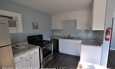 Kitchen, 640 Highland Pl, 1