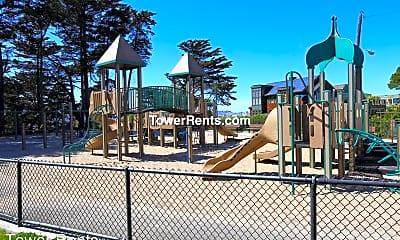 Playground, 939 Vermont St, 2