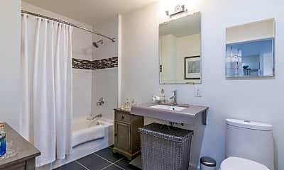 Bathroom, 10 Dekalb Ave, 1