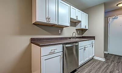 Kitchen, Ridgewood Village Apartments, 1