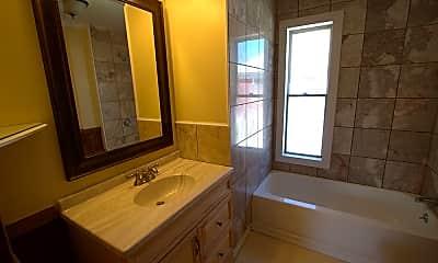 Bathroom, 377 Marlboro St, 2