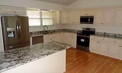 Kitchen, 625 Emerald Ave, 1