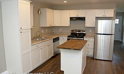 Kitchen, 171 E Loudon Ave, 0