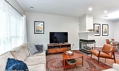 Living Room, 5114 Castle Harbor Way, 2