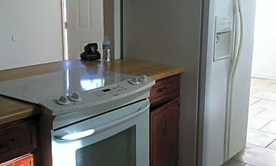Kitchen, 2512 Johnson Dr, 1