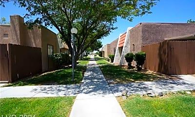 Building, 3619 Villa Knolls E Dr N/A, 2