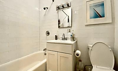 Bathroom, 876 Lincoln Pl, 2