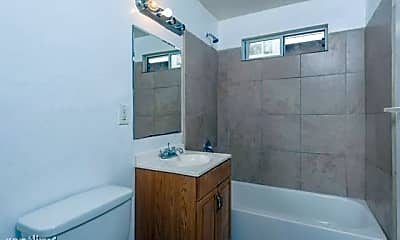 Bathroom, 401 Aurora St, 1