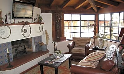 Ghost Ranch Lodge, 2
