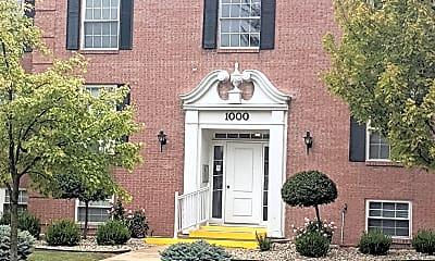 Building, 1000 Croghan St, 0