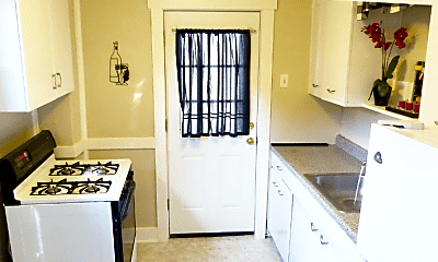 Kitchen, 72 W Francis Ave, 0