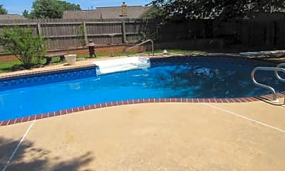Pool, 2617 SW 108th, 2