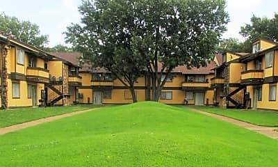 Villas at Willow Creek, 1