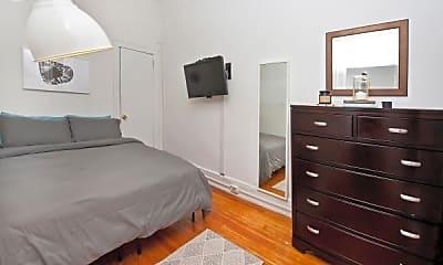 Bedroom, 32 W 37th St, 2