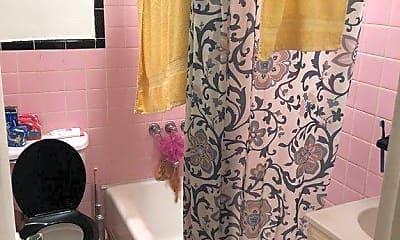 Bathroom, 25 W 126th St, 2