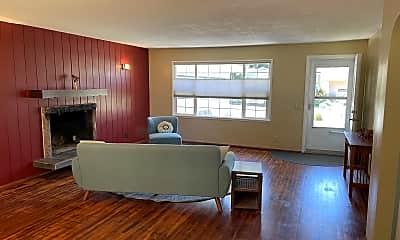 Living Room, 1904 Steele St SE, 1