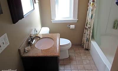 Bathroom, 34 Prichard Ave, 2