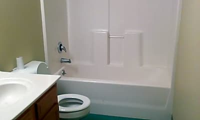 Bathroom, 650 S 29th St, 2