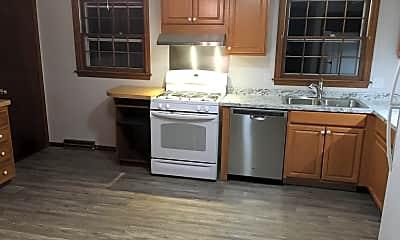 Kitchen, 25 Country Club Lane, 1