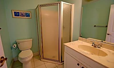 Bathroom, 101 7th Ave, 2
