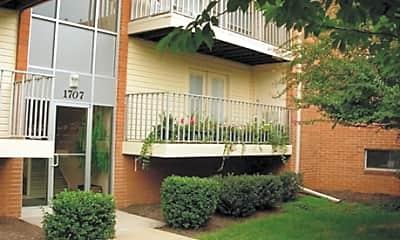 Detrick Plaza Apartments, 2