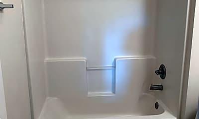 Bathroom, 15807 Lemoyne Blvd, 1