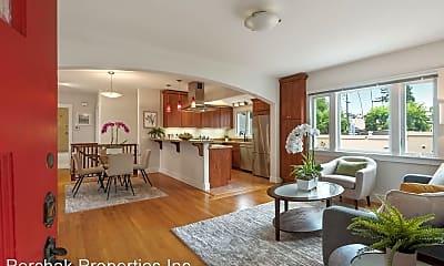 Living Room, 2020 Prince St, 1