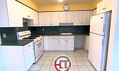 Kitchen, 621 Logan Ave, 0