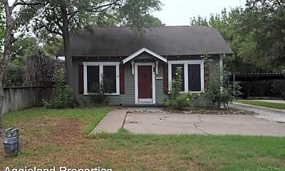 Building, 728 N Earl Rudder Fwy, 0