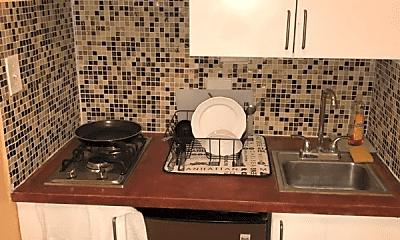 Kitchen, 326 E 25th St, 2