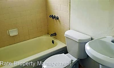 Bathroom, 1816 SW 7th St, 1