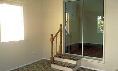 Living Room, 35005 San Carlos St, 2