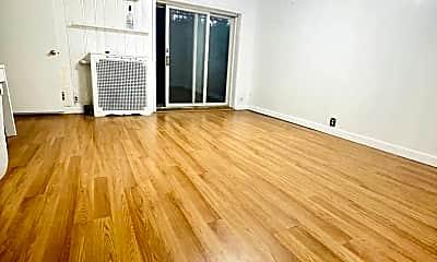 Living Room, 33-14 143rd St, 1