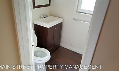 Bathroom, 4484 Main St, 1